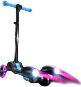 Детский самокат-ракета с турбинами, паром и звуком