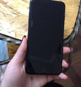 Продам iPhone 7+ 128 gb