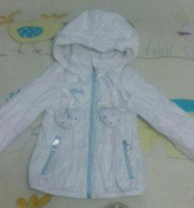 Курточка на девочку на 3 года