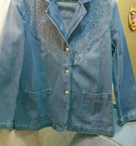 Джинсовая куртка. Размер 54-56