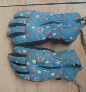 Перчатки зима.
