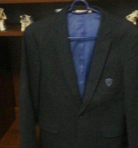 Современный подростковый пиджак