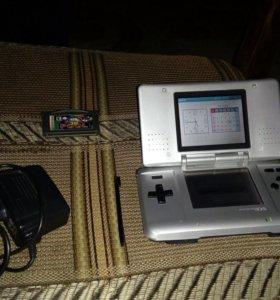 Оригинальная серебряная консоль Nintendo DS