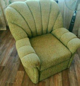 Кресло, одно