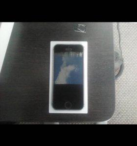 Продам орегинальный айфон 5s
