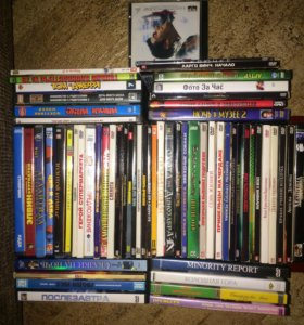 62 диска с фильмами и мультиками