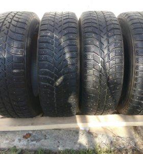 Резина зимняя Bridgestone Ice Cruiser 5000 R15
