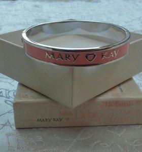Эсклюзивный розовый браслет с логотипом «Мэри Кэй»