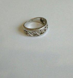Кольцо. Серебро 925 пр