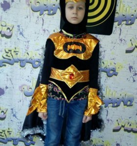 Новогоднй костюм Бэтман.