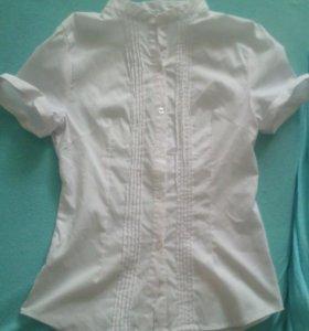 Белая школьная блузка новая