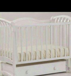 Детская кроватка Азалия.НОВАЯ И МАТРАС В ПОДАРОК