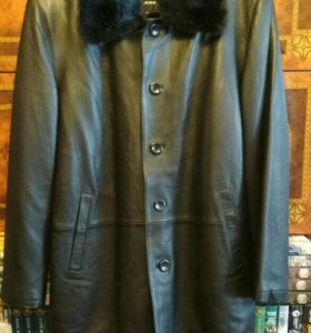 Натуральная кожаная зимняя куртка.