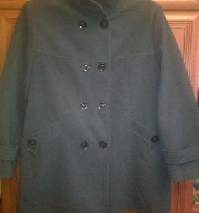 Пальто женское демисезонное новое 60 размер