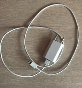 Зарядник iPhone