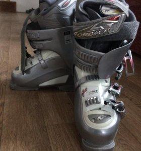 Женские Горнолыжные ботинки Nordica