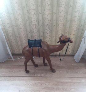 Продам статуэтку верблюда
