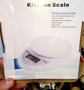 Кухонные весы , новые, шкала от 1 гр до 5 кг