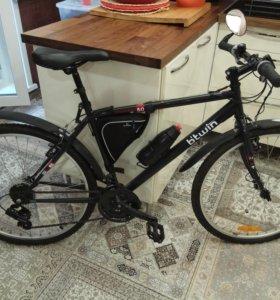 Велосипед чёрный