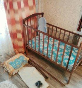 Кровать матрас бортики.