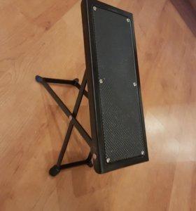 Подставка под ногу для гитариста