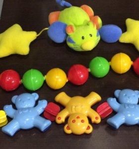 Игрушки (погремушки)для малыша