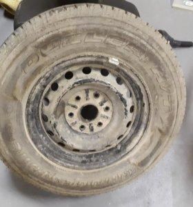 Bridgestone Dueler H/T 245/70/16