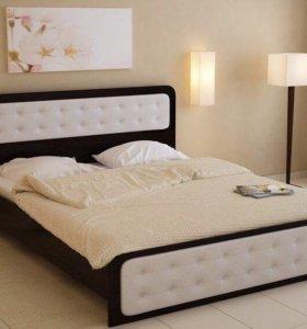 Продаю кровать с матрасом.