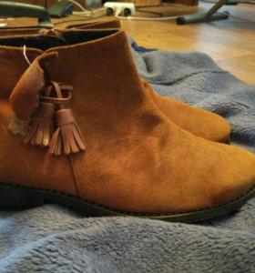 Новые замшевые ботиночки из Испании