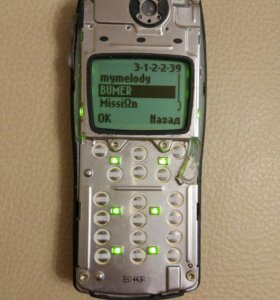 Nokia 8210 без лицевой панели и кнопок