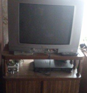 Продам 2 цветных  телевизора