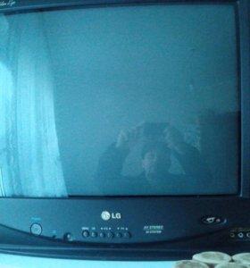 Телевизор LG диагональ 51см
