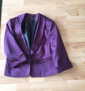 Костюм женский: платье и пиджак