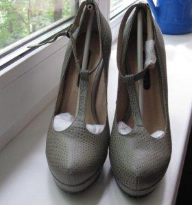 Новые туфли, 36 размер.
