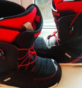 Легендарные ботинки BURTON MOTO BLACK-RED 45-46