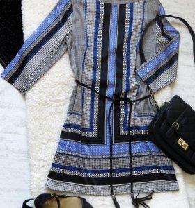 Атласное, легкое платье от H&M