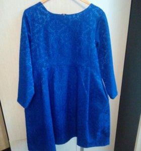Продам платье рост 134 одето 1раз