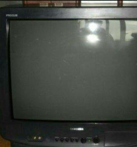 Цветной телевизор 51 см