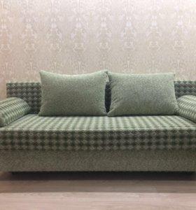 Б/У диван в отличном состояние