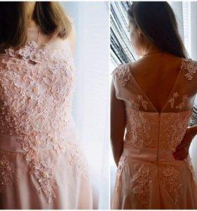 Продам или дам на прокат шикарное вечернее платье