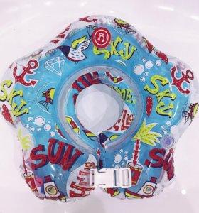 Круг для купания Happy Baby Dolfy музыкальный