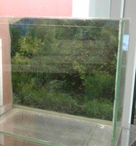 аквариум маленький!