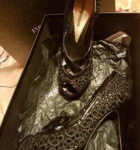 Туфли женские р-р 37 ARMANI ИТАЛИЯ