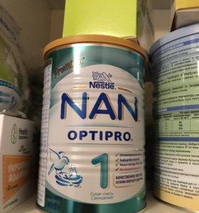 Детская смесь NAN 400 гр