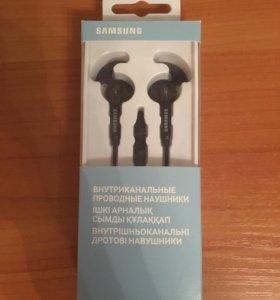 Наушники Samsung EO-EG920L