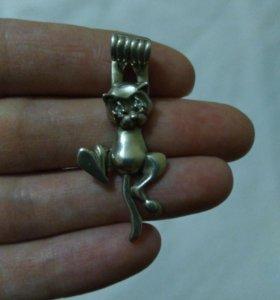 Кулон , кошка из серебра