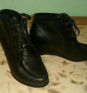 Новые Ботильоны ботинки 38
