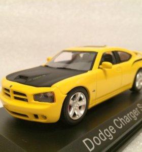 Качественная модель авто Dodge Charger SRT8 Bee 07