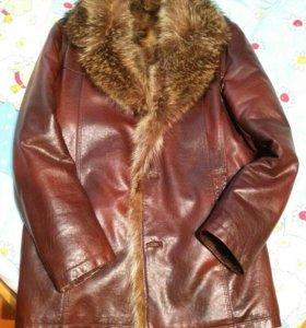 Продам зимнюю курткк