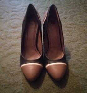 Женские туфли.  Абсолютно новые   👠 41 размер